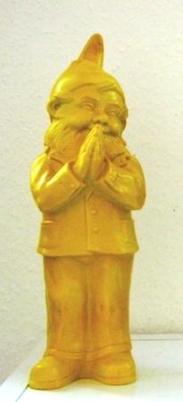 Ben, der betende Zwerg - gelb, signiert