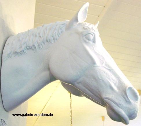 Pferdekopf - weiß, signiert