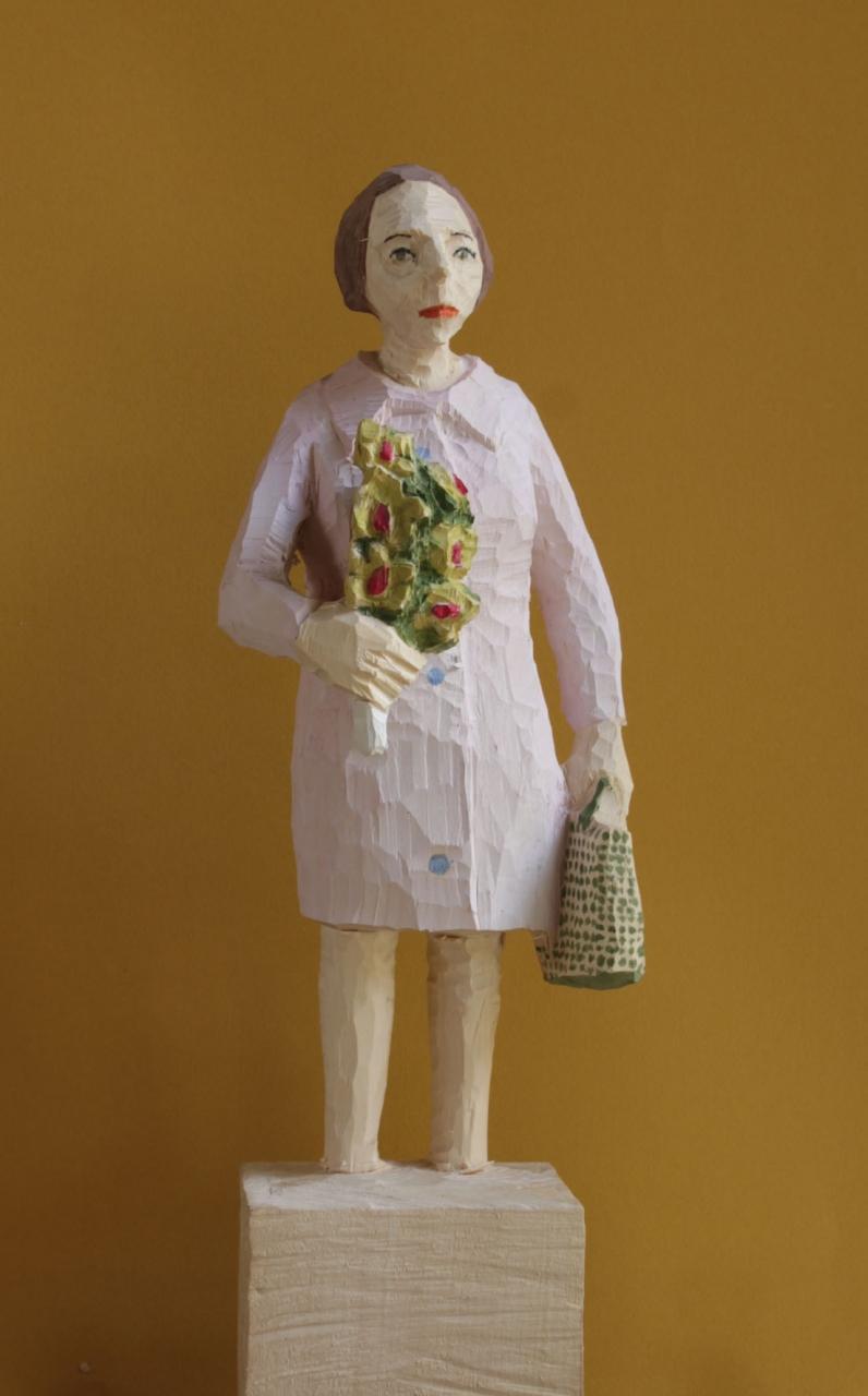 Edekafrau (985) mit Orchidee