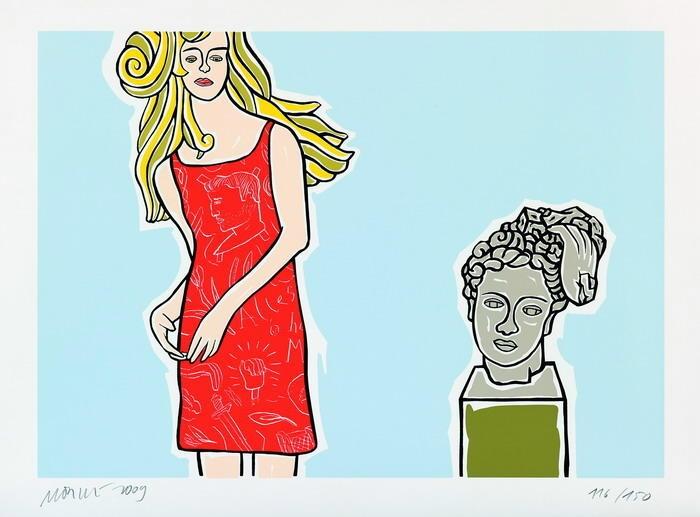 Mädchen mit antikem Kopf