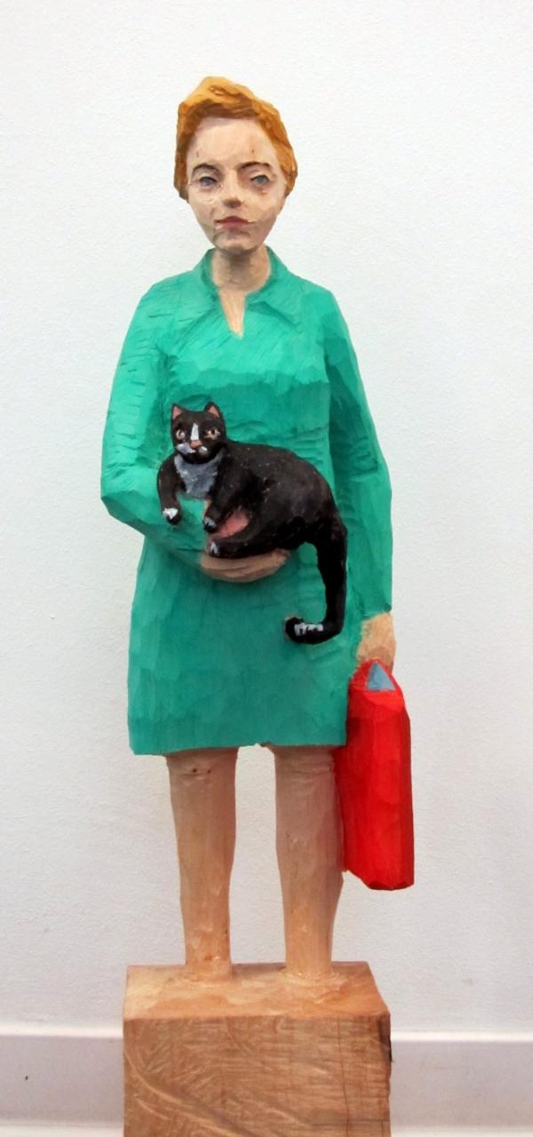 Edekafrau (1107) mit schwarzer Katze