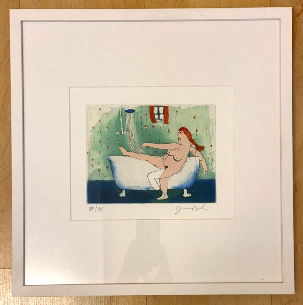 Susanne steigt allein ins Bad, im Ausstellungsrahmen