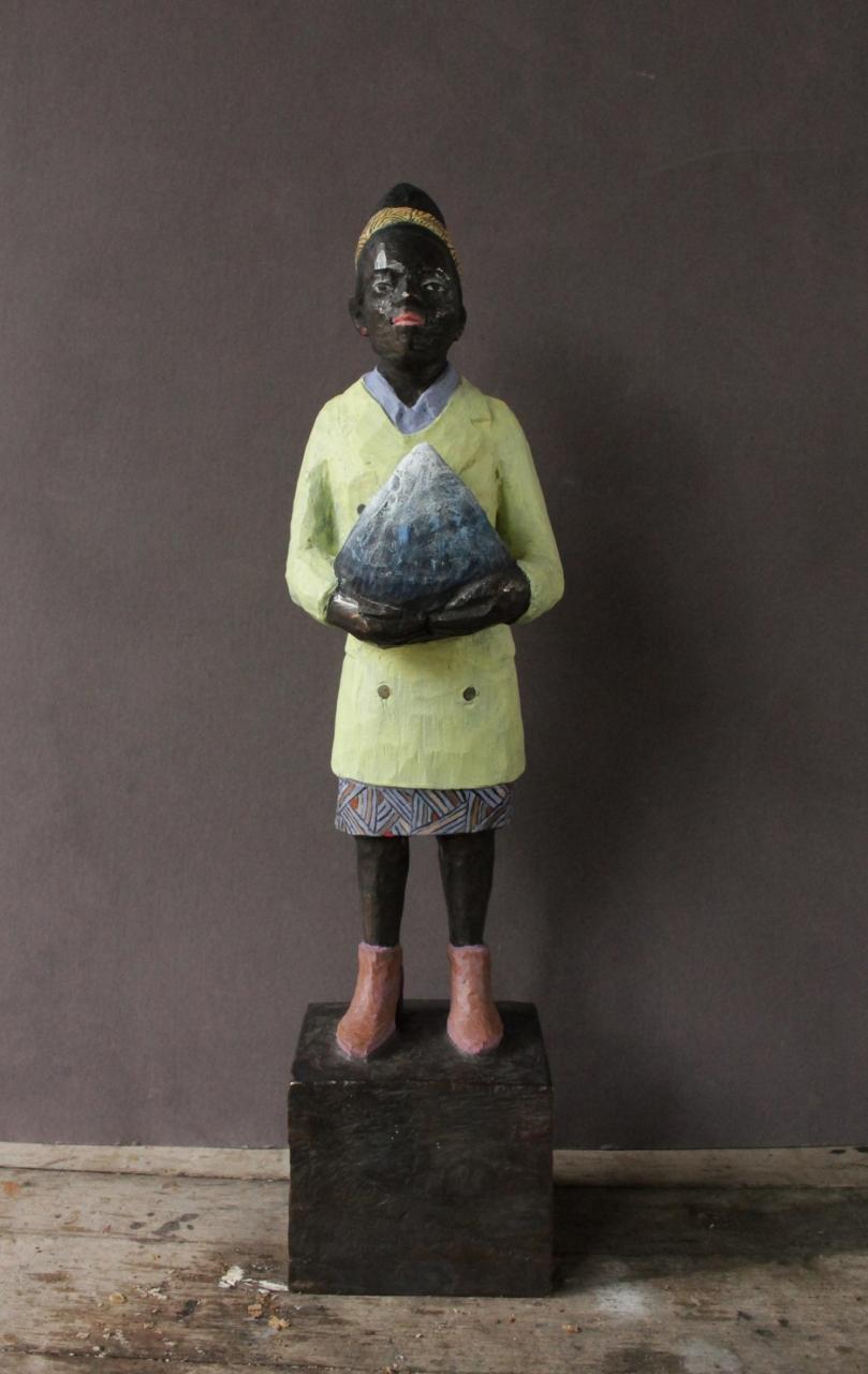 Amanda Gorman (hellblauer Kragen - violett-braune Schuhe) Bronze