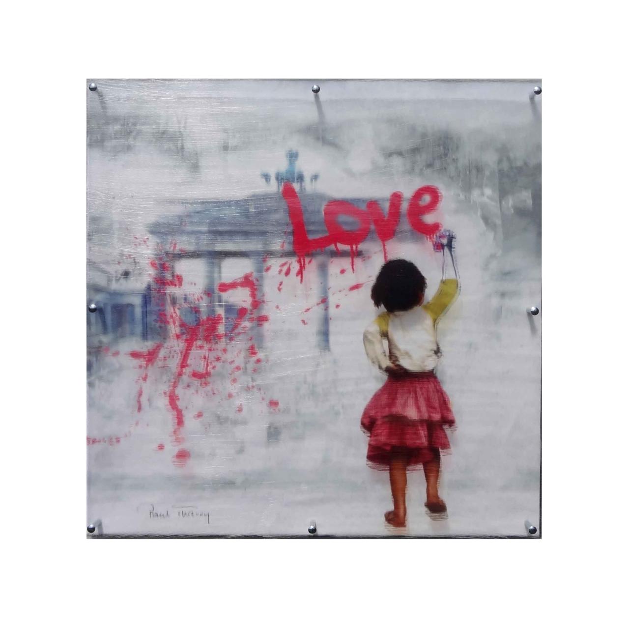 Love, groß