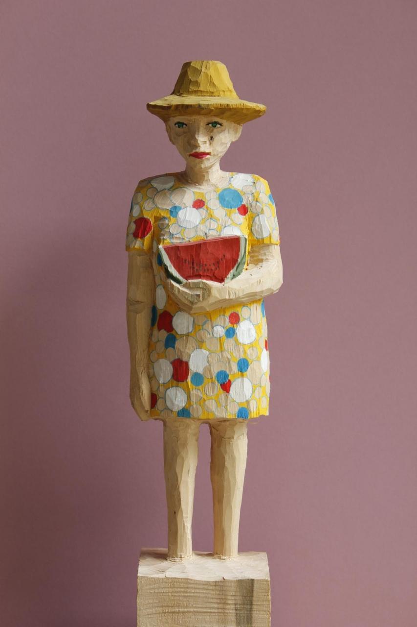 Edeka Frau (827) mit Melone