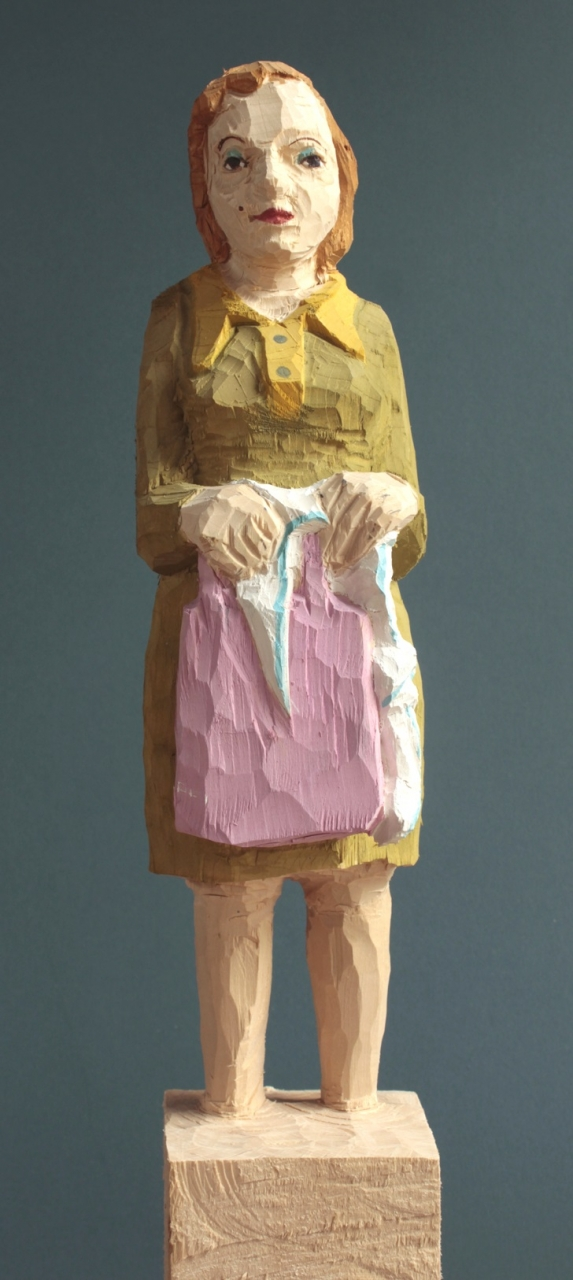Edekafrau (924) mit Knoten im Taschentuch