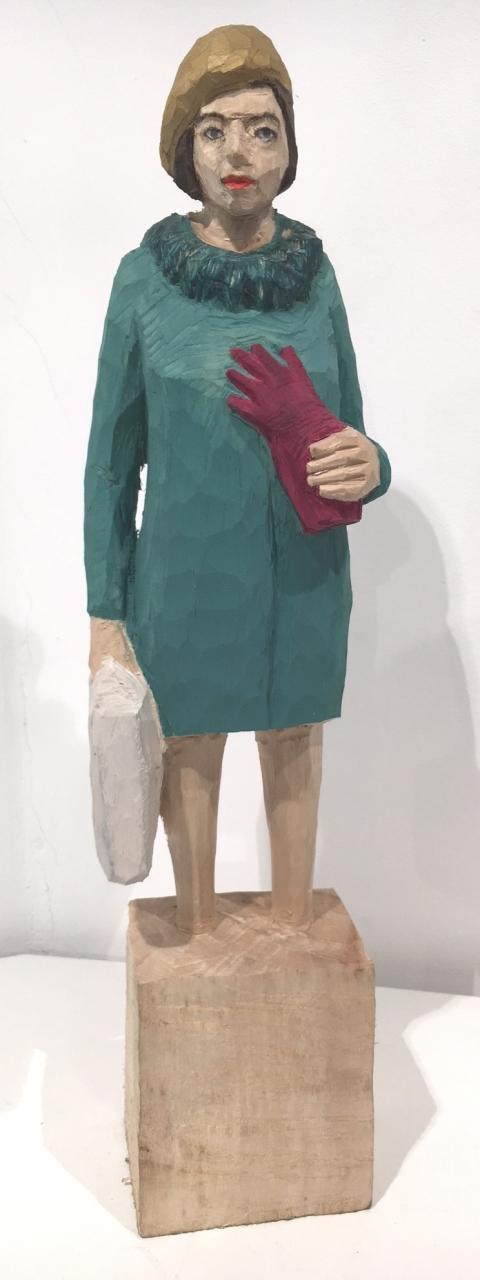 Edekafrau (1128) mit Handschuh