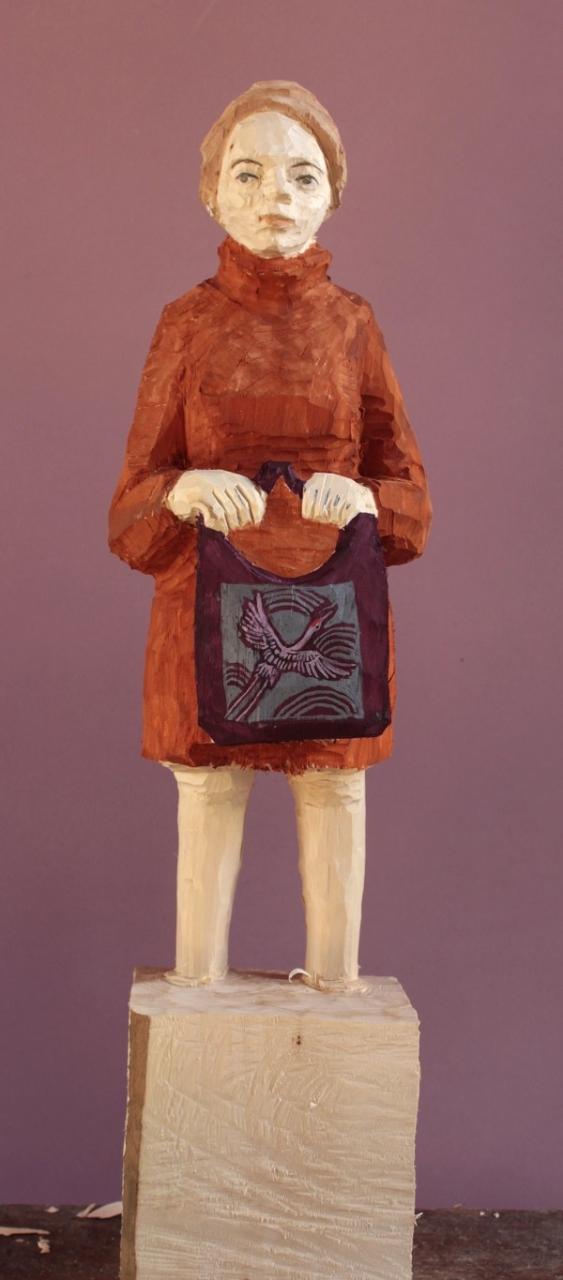 Edekafrau (1104) mit Kranichtasche und Mantel